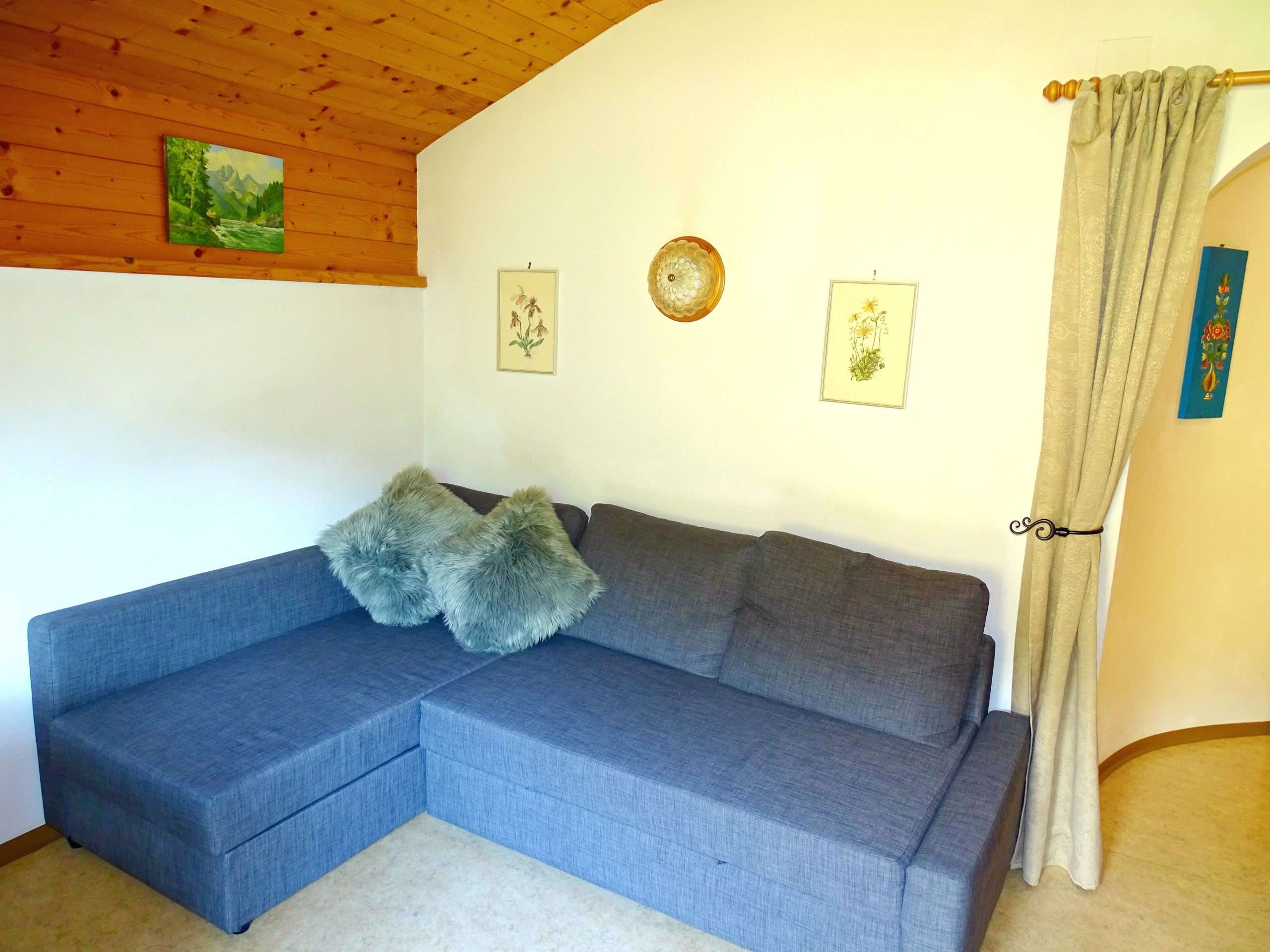 Corner sofa, Aberg apartment, Haus Schneeberg, Hochkoenig