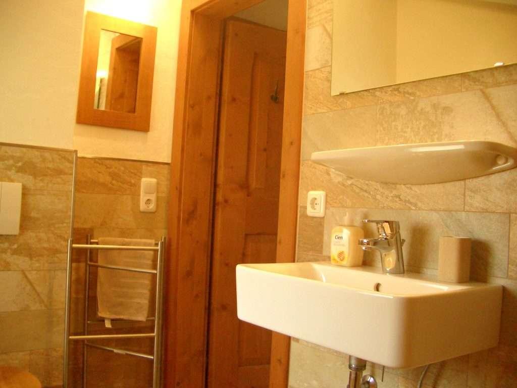 Selbhorn bathroom Haus Schneeberg, Hochkoenig