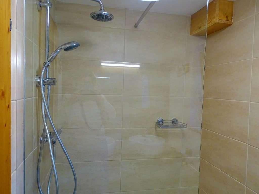 Aberg shower new dec19-min