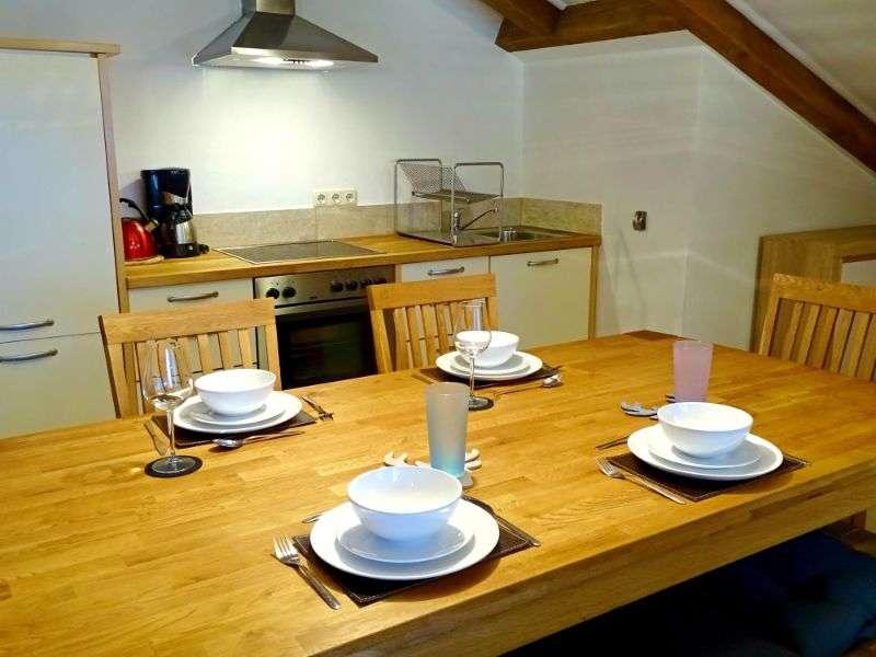 Selbhorn étkezőasztal, Haus Schneeberg